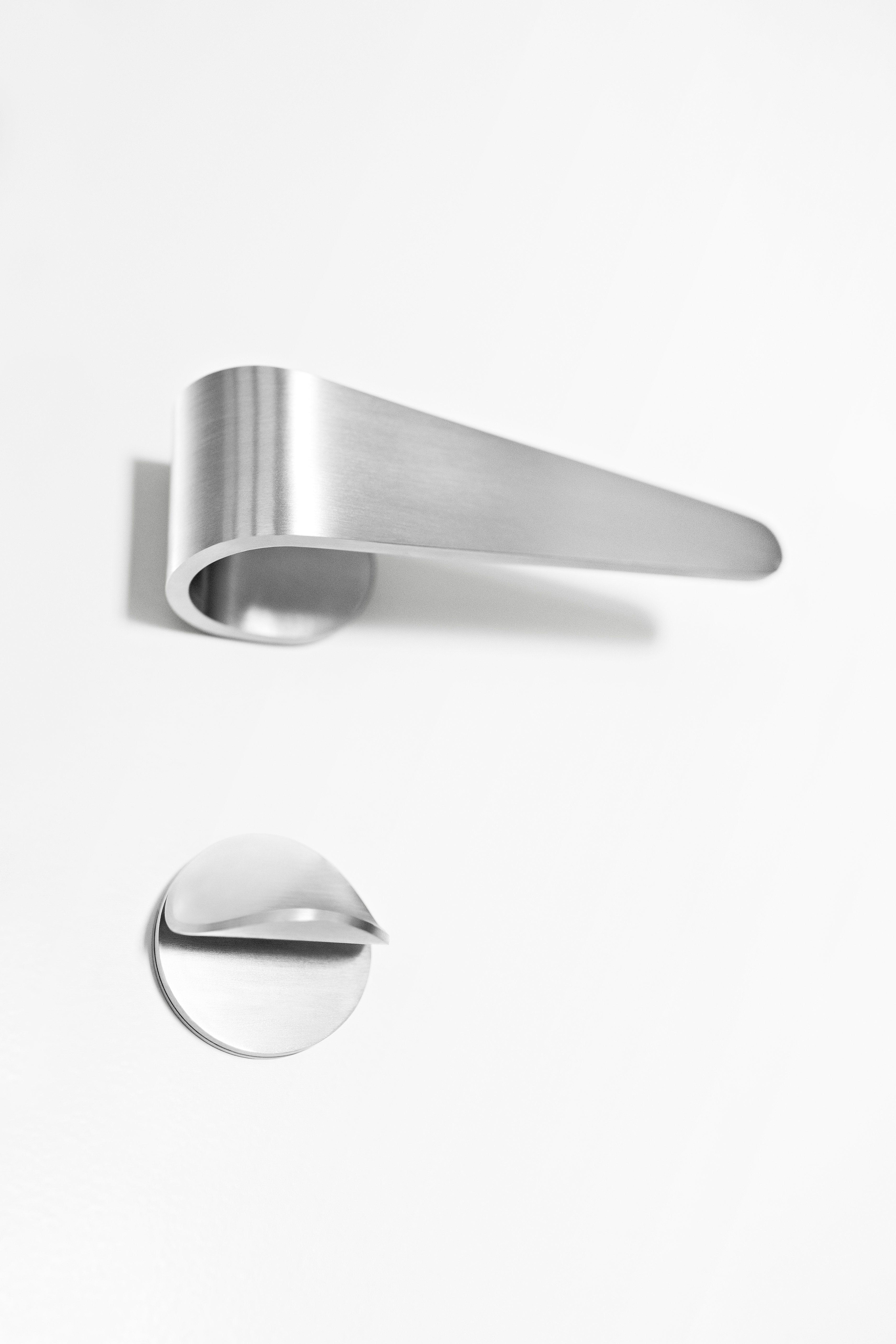 Fold series of door fittings & Fold series of door fittings | News · Tord Boontje