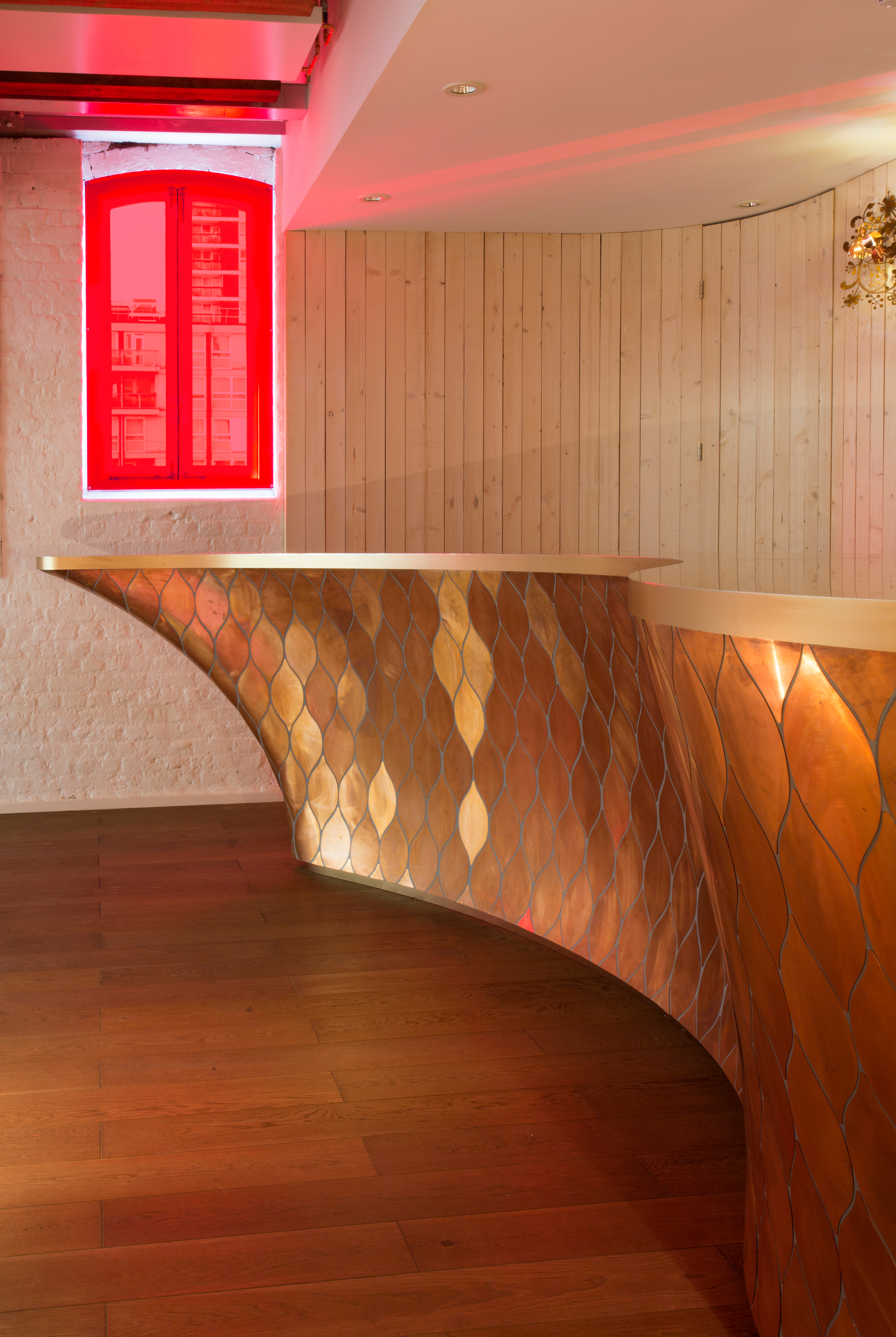 Bar design for Sarabande